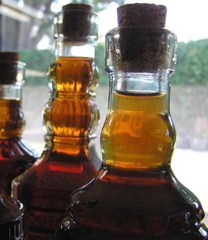 bottled-rose-liqueurs2.jpg