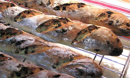 semolina-bread